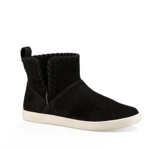 Uggs booties black suede new comfy casual sz